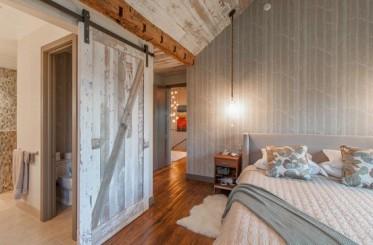 Tư vấn: Chọn cửa 2 cánh hay cửa 1 cánh cho phòng ngủ?