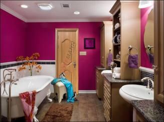 Nên chọn mẫu cửa nào cho nhà vệ sinh đẹp nhất