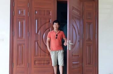 Những chú ý khi lựa chọn kích thước cửa thép 4 cánh mặt tiền
