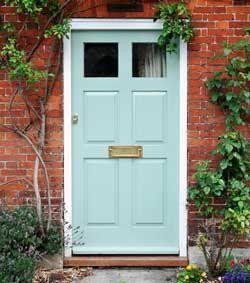 Màu xanh dương cửa chính nói gì về tính cách của bạn